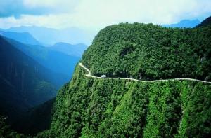 Carretera Norte de los Yungas 2