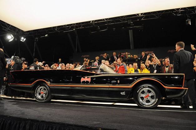 4,62 millones de dólares por el primer Batmobile